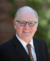 La Conrad N. Hilton Foundation: sinergia tra valori famigliari e filantropia strategica. L'intervista a Edmund J. Cain, Vice President Grant Programs